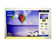 Smartec 32 inches flat screen