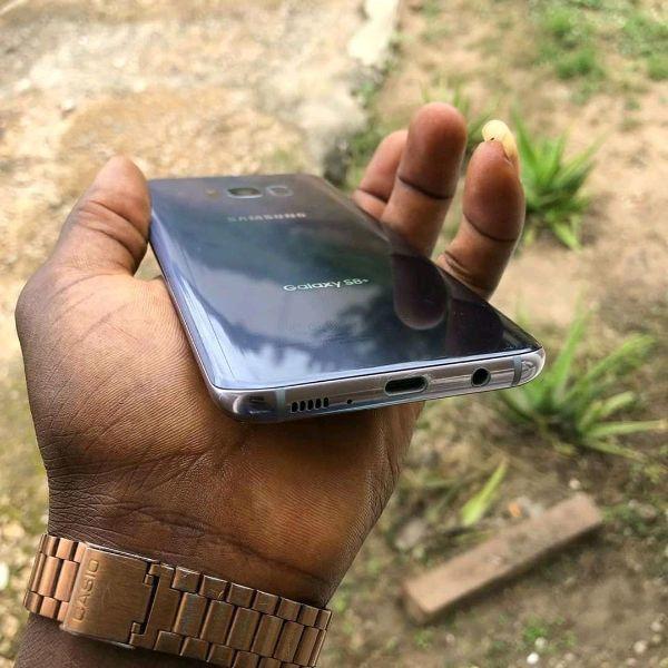Original Samsung galaxy S8+ - 3/4