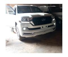 New Toyota Land Cruiser Prado 2018 White for sale