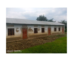 Primary School for a quick sale in Ibanda