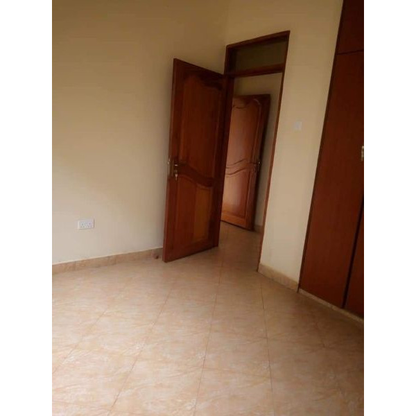New two bedroom house in lower Buwate Kira - 4/5
