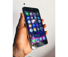 iPhone 6s Plus on sell at 320k has a cracked screen