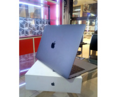 New Laptop Apple MacBook Pro 16GB Intel Core i5 SSD 256GB for sale
