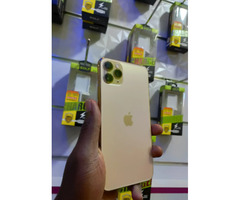 New Apple iPhone 11 Pro Max 256 GB Gold for sale