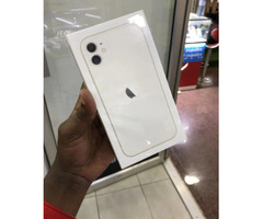New Apple iPhone 11 128 GB White for sale