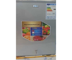 Cheap LG Medium fridge on quick sale at 380000 in Kirinya, Bweyogerere.
