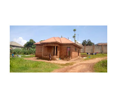 House on sell in bwebajja Entebbe road