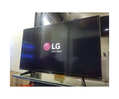 32inch flat screen TV brand new with inbuilt decoder find us at sbcity plaza opposite old taxi Park