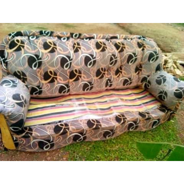 Sofas chairs - 1/3