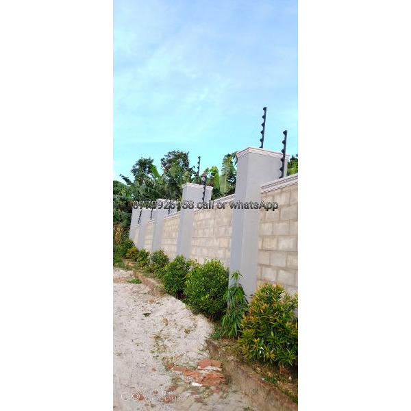 Electric wire fencing - 1/5