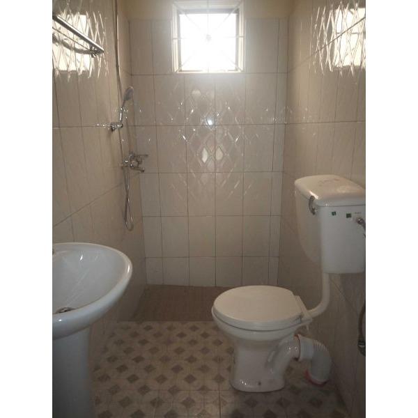 Bukoto double room for rent - 3/5