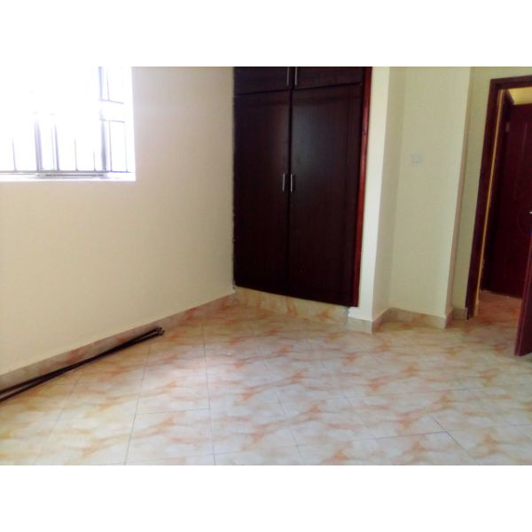 Bukoto double room for rent - 2/4