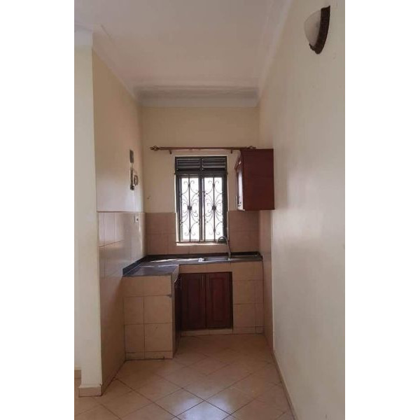 Kireka nice double rooms are available for rent @200k - 2/5