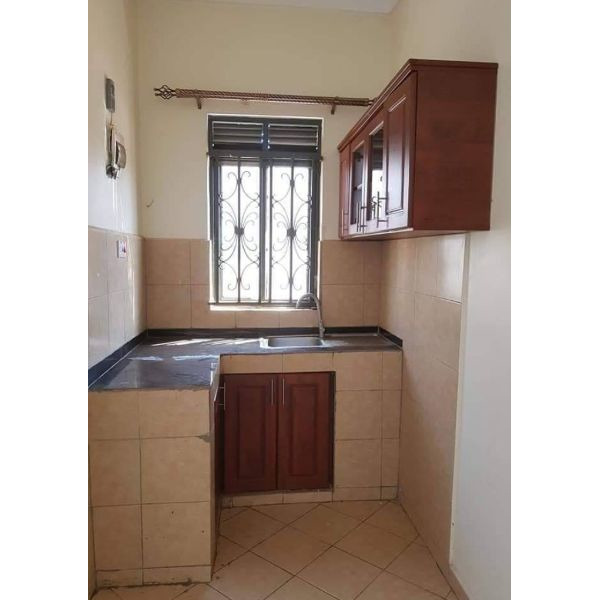 Kireka nice double rooms are available for rent @200k - 3/5