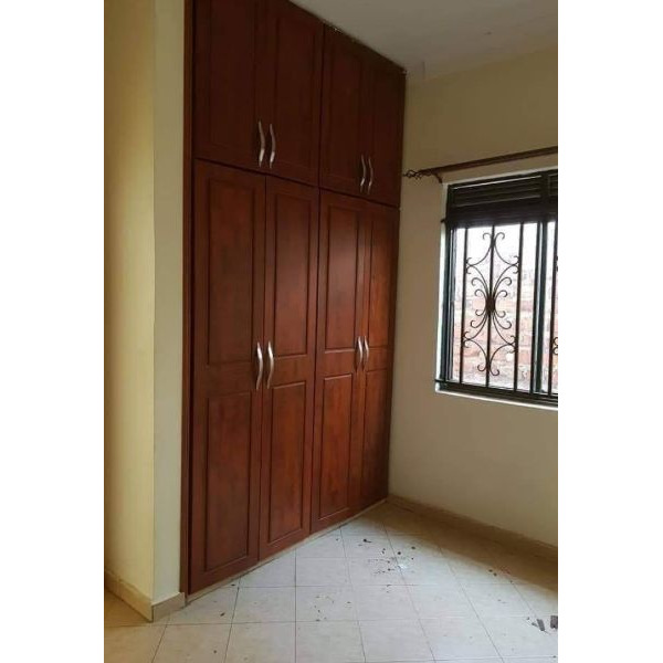 Kireka nice double rooms are available for rent @200k - 4/5