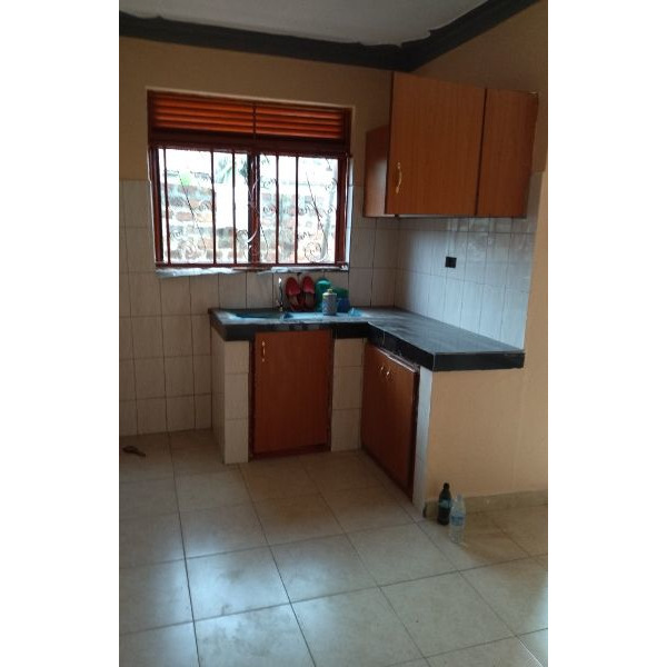 Kireka double rooms are available for rent @200k - 3/5