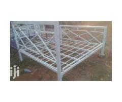 Metallic master bed of 5*6ft