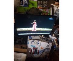 Smartec 32 inch tv with inbuilt decoder
