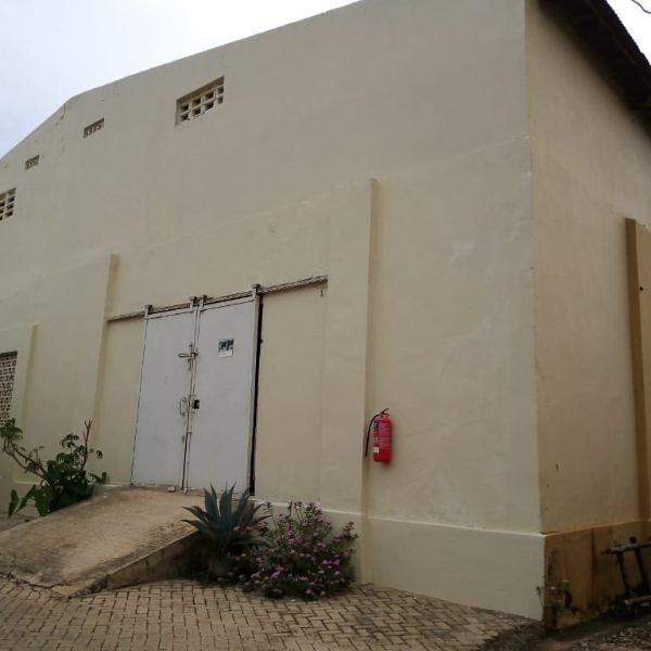 WareHouse Space For Rent - 1/3